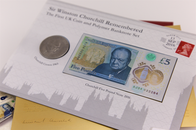 First UK Churchill Coin and Banknote Set